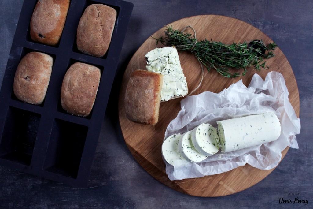 Pečené bulky s olivy